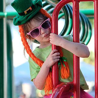girl with green hat and sunglasses